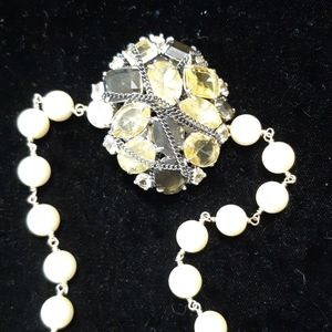 Stella and Dot brooch